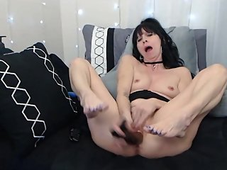 Milf SavannahAllure in a recorded private show, Beautiful soles and Pussy