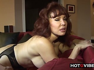 Mature MILF Lesbians Licking Pussy