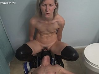 Anal slave: spanking and peeing