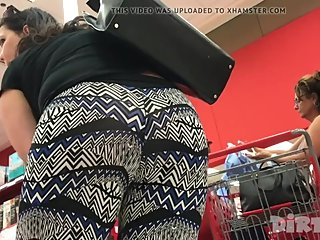 BBW PAWG DICING OUT PUSSY WEDGIE
