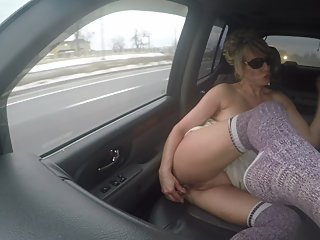 BUBBLE BUTT MILF PLAYING WITH DILDO ON BUSY HIGHWAY! NUDE PUBLIC