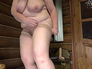 Mature busty bbw maid changes clothes