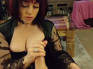 MATURE THICK PAWG MILF GILF IN LATEX SLOPPY BLOWJOB CUMPLAY SWALLOW