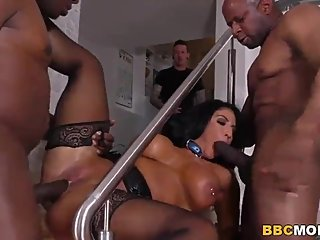 Hot Milf raven hart get banged by black dicks