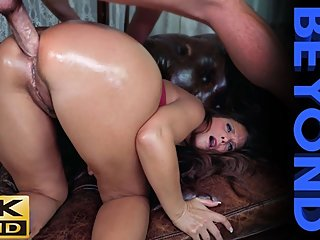 Syren De Mer -Big Butts & Beyond *ANAL* [Full VID] HUGE MILF ASS FUCKED