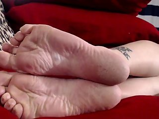 Extreme Closeup Dry Wrinkled Soles Heels Long Natural Nails