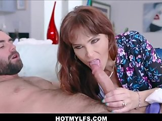 Big tits MILF Stepmom morning fucking with stepson