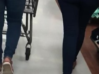 Hot Teen with Phat Spanish Culo (Walmart Candid)