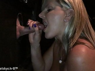 Glory Hole Cumpulation