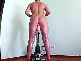 Fitness step sister Fucks with a sex machine.