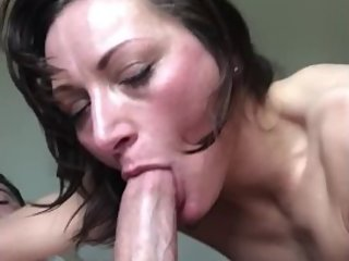 Milf gives Amazing Deepthroat blowjob in 69 position