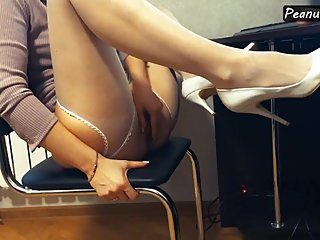 Hot MILF in high heels and stocking masturbating in the office till orgasm