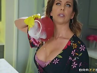Brazzers - Mommy Love Cumming