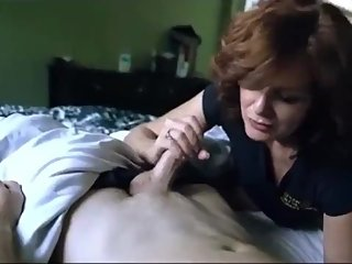 Horny mature MILF gets hard fucked by her new roommate