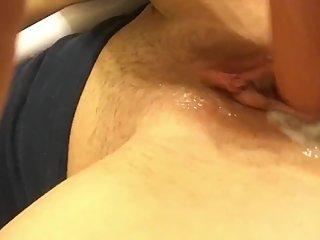 Making my little wet hole feel good