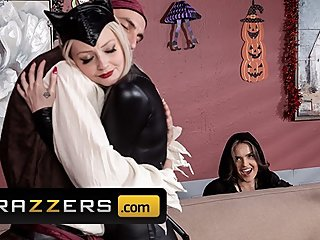 Brazzers - Milf witch Krissy Lynn loves anal and costumes