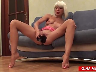 BLONDE MILF FUCK ASS BIG DILDO, BLOWJOB AND PISSING
