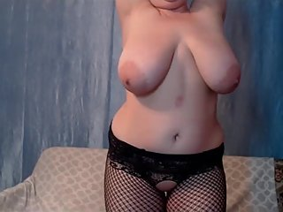 My huge boobs mom sexy dance in front of camera